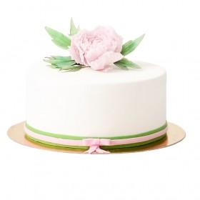 Белый одноярусный свадебный  торт с большим бутоном пиона