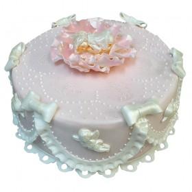 Одноярусный свадебный торт с фигуркой ангела