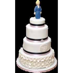 Торт в четыре яруса с фигуркой женщины