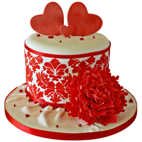 Торт украшенный двумя сердечками