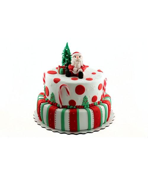 Двухъярусный новогодний торт из мастики и фигуркой деда мороза