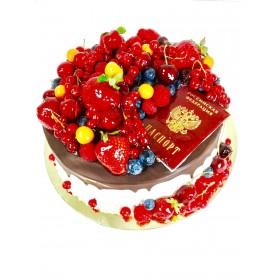Торт праздничный круглый с ягодами