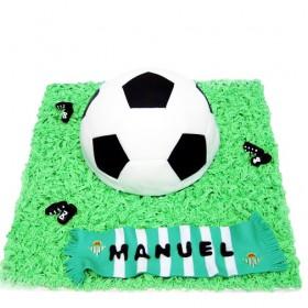 Торты на заказ в форме мяча с шарфом